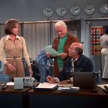 Mary Tyler Moore (S07E13) Look at Us, We're Walking
