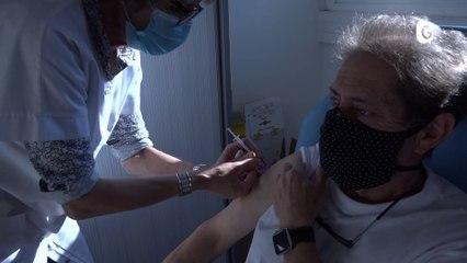 Reportage - Au tour des personnes de 75 ans et plus de se faire vacciner ! - Reportage - TéléGrenoble