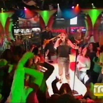 Kelly Clarkson - Since U Been Gone (Live @ TRL) (2004/12/01) DVDR