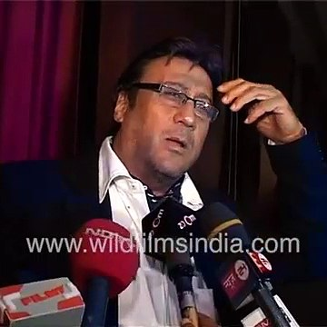 Jackie Shroff looks for his chauffeur after music release of 'Thodi life Thoda Magic'