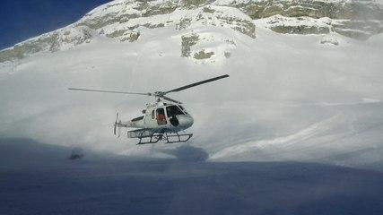 Dans les coulisses de Crans-Montana: skier à tout prix Video Preview Image