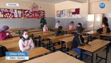 İngilizce Öğretmeni Dünya Çocuklarını Çevrimiçi Derste Buluşturuyor