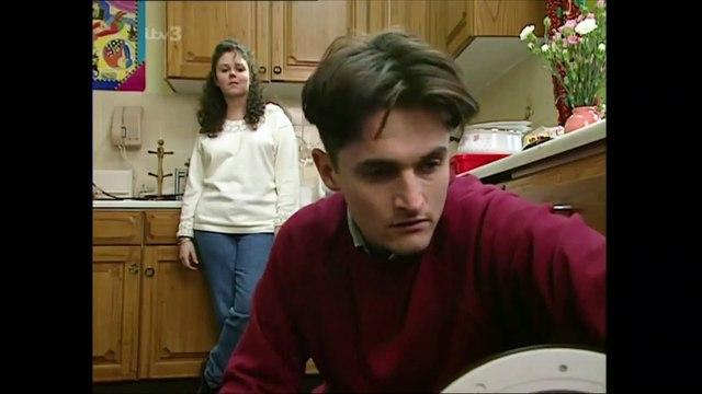 Emmerdale 10th December 1992