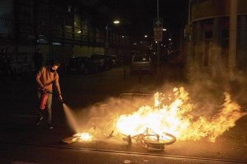 Netherlands shaken by third night of riots over coronavirus curfew