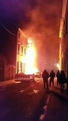 Waremme: violent incendie dans un salon de coiffure rue Zénobe Gramme