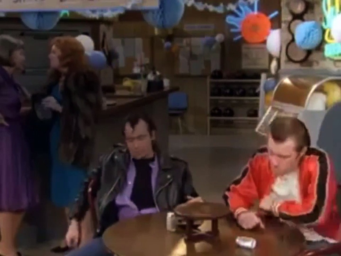 Laverne and Shirley - Se2 - Ep12 - Anniversary Show-The Laverne & Shirley Birthday Show