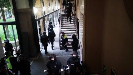 Detenido Pablo Hasel tras atrincherarse en la UdL para evitar ir a prisión