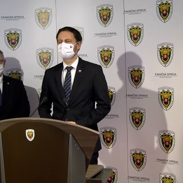Boj proti podvodom - informuje prezident finančnej správy Jiří Žežulka