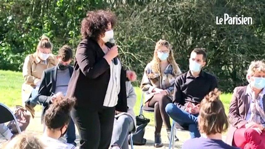 Poitiers: une centaine d'étudiants manifestent pendant la visite de Frédérique Vidal