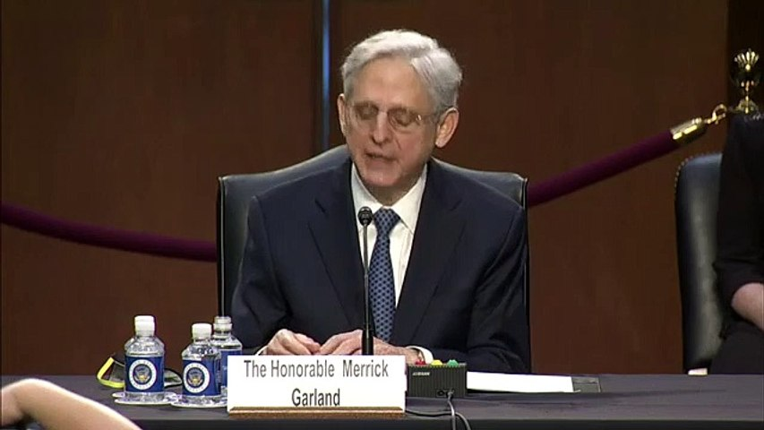 Merrick Garland discusses prosecuting WHITE SUPREMACISTS from Capitol riots in opening statement