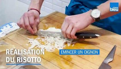 Recette - Brochettes de volaille caramélisées, risotto au safran, tuile de parmesan
