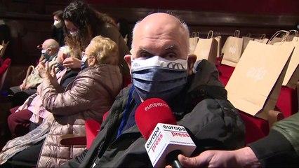 Vuelven al teatro más de 200 mayores de residencias madrileñas