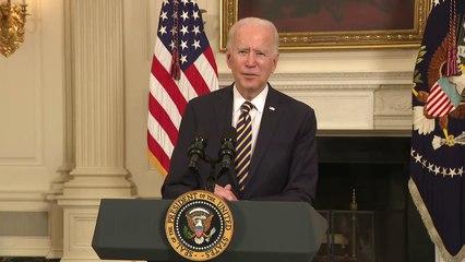 Biden signs executive order on the economy