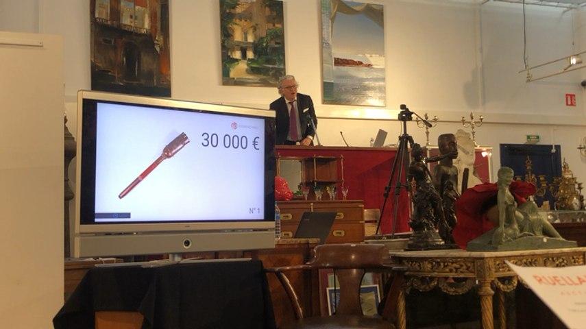 Une torche olympique de 1968 adjugée 90 000 €