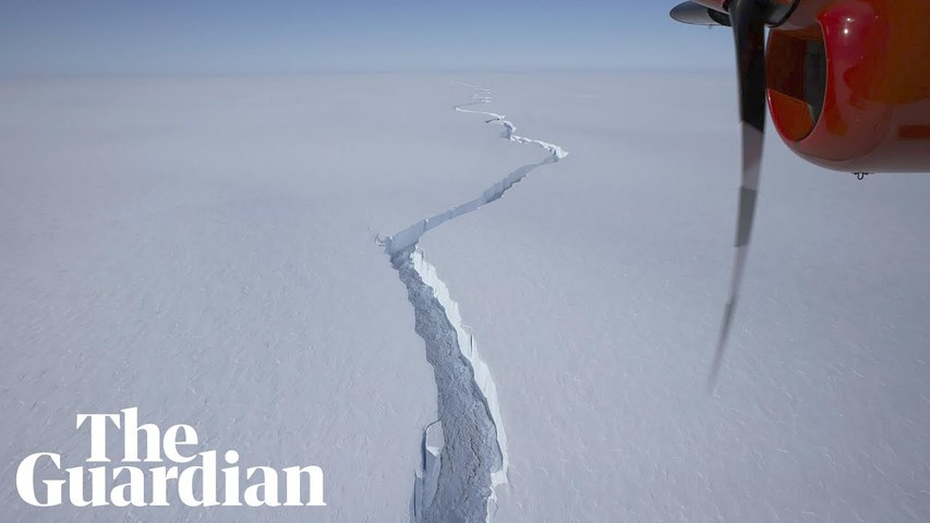Huge iceberg size breaks off from Antarctica