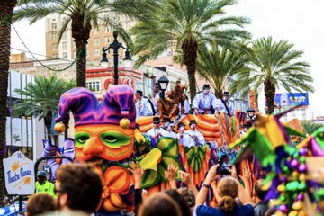 The Day New Orleanians Took to the Streets 'Mardi Gras'