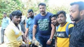 ದರ್ಶನ್ ಮುಂದೆ ಬಂತು ನಿಂತ ಟಗರು | Hubli Fans Gifts Sheep (Tagaru) For DBOSS