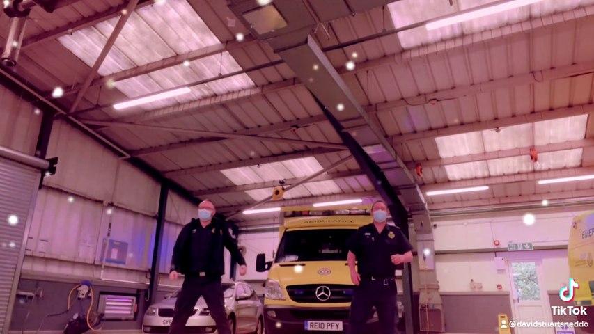 Worthing ambulance crew dance to Greatest Showman on TikTok