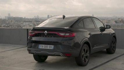 2021 New Renault ARKANA Design in Black Metallic