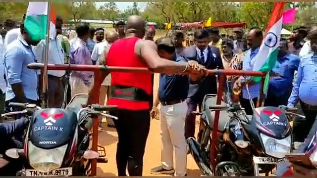 Indian bodybuilder enters record book after carrying two motorcycles on his shoulders