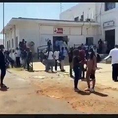 Les manifestantsterroristes, mbeurs,bandits ce sont rendus ce matin au CNTS pour faire un don de sang