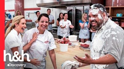 Boas-vindas doces para duas novas colegas de trabalho | Cake Boss | Discovery H&H Brasil