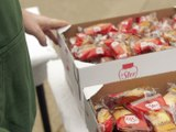 Credit Agricole Loire Haute-Loire  Distribution de 300 repas pour les étudiants - Publireportage - TL7, Télévision loire 7