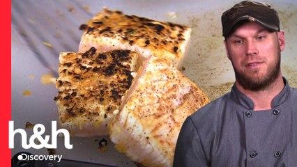 Ganador de primera ronda quema su pescado por accidente | Cocineros vs. impostores | Discovery H&H