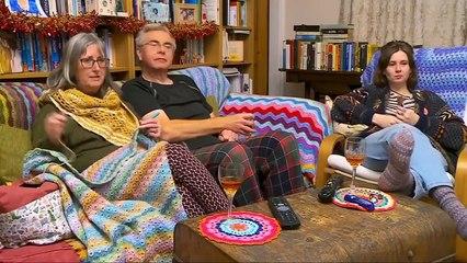 Gogglebox Series 16 Episode 17 (8 Jan 2021) - Gogglebox Festive Special