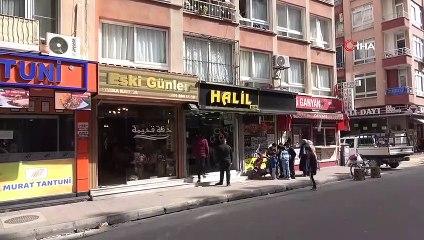 Kaldırımda Yürüyenler Saniyelerle Kurtulmuştu    İşyeri Çalışanı Mersin'deki Kaza Anını Anlattı