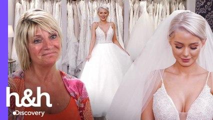 Mãe da noiva não aprova vestidos com decote grande | O Vestido Ideal: Reino Unido | H&H Brasil