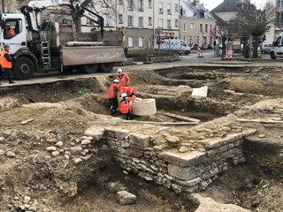 Découverte d'un sarcophage médiéval à Argentan (Orne)