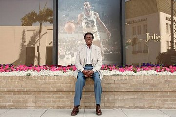La légende de la NBA Elgin Baylor est décédé à 86 ans
