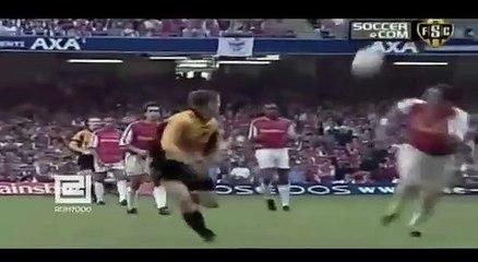 Những đường truyền có một không hai của Steven Gerrard