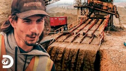 Parker faz consertos na planta com ferramentas do automóvel   Febre do Ouro   Discovery Brasil