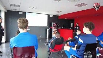 Akademi   Gardiens de but : Jonathan Martins Pereira partage son expérience avec les jeunes gardiens