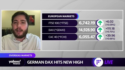 European stocks hover around record highs