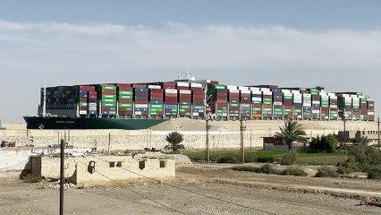 Canal de Suez pedirá 850 millones en compensación tras bloqueo del 'Ever Given'
