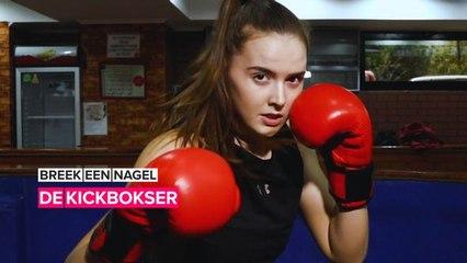 Deze kickbokser uit Kirgistan breekt stereotypes