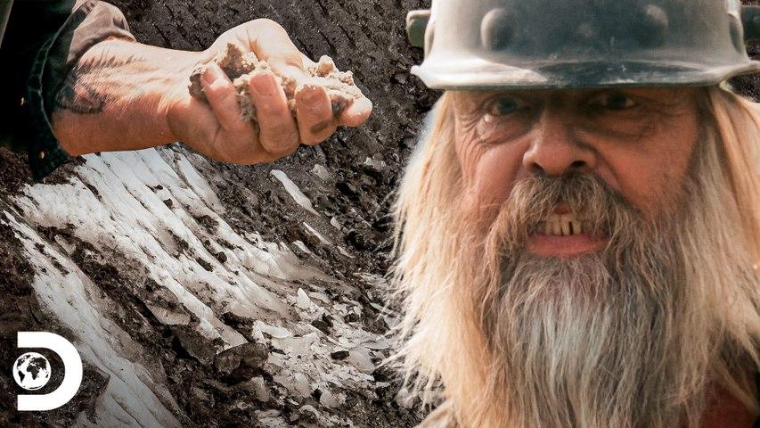 Terreno congelado atrasa atividades de mineração de Tony Beets   Febre do Ouro   Discovery Brasil
