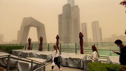 Chine : Pékin encore sous un brouillard de sable