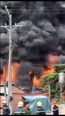 OMG a Petrol Station FIRE | VIETNAM | Time for us to run I think | Ho Chi Minh City | Disaster Ablaze
