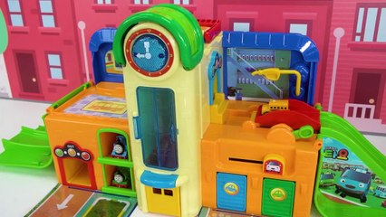 ¡Aprenda Colores y Números para Niños con Thomas and Friends Train Playset y Puzzle para Niños!