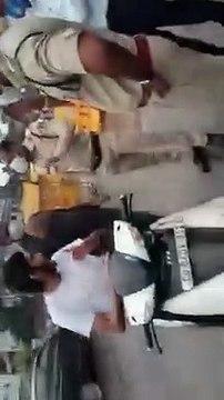 महापौर के भतीजे ने पुलिस को दी सस्पेंड करवाने की धमकी