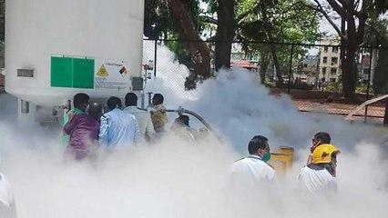 What Congress spokesperson reacts on Nashik oxygen leak?