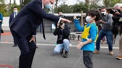 Jean-Michel Blanquer joue à la marelle et à chifoumi : la vidéo du ministre de...
