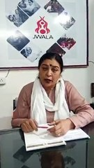 सोशल मीडिया पर वायरल हो रहा पीरियड्स के दौरान वैक्सीन न लगवाने का भ्रामक मैसेज, स्त्री रोग विशेषज्ञ डॉ. दिव्या गुप्ता ने की पुष्टि
