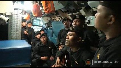 Sous-marin disparu: la vidéo des marins qui émeut l'Indonésie