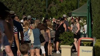 """""""Une renaissance"""" : aux Etats-Unis, les fans de Disney fêtent la réouverture du parc"""