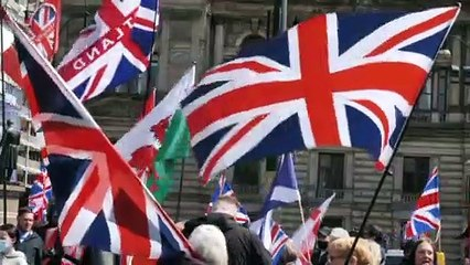 Scozia verso il voto del 6 maggio. Proteste in piazza